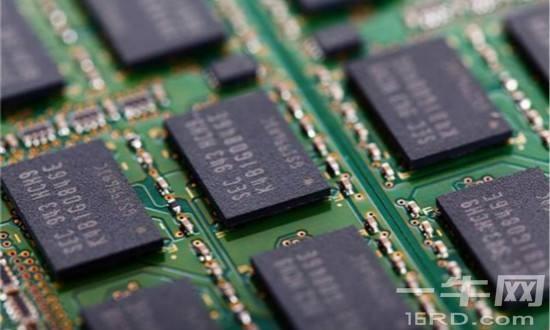 三星计划降低存储芯片产能增速 或推高芯片价格